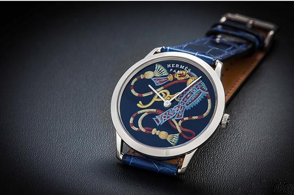 新款仕Slim Harnais d apparat法式漆绘艺术腕表