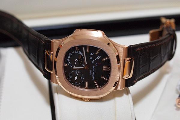 天津百达翡丽鹦鹉螺百达翡丽鹦鹉螺5712R手表回收价格行情