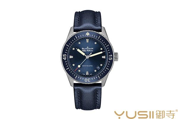 宝铂五十噚Bathyscaphe手表