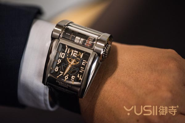 帕玛强尼新款定制手表